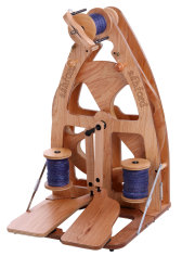 ashford Joy Double Treadle Spinning Wheel and Carry Bag Combo